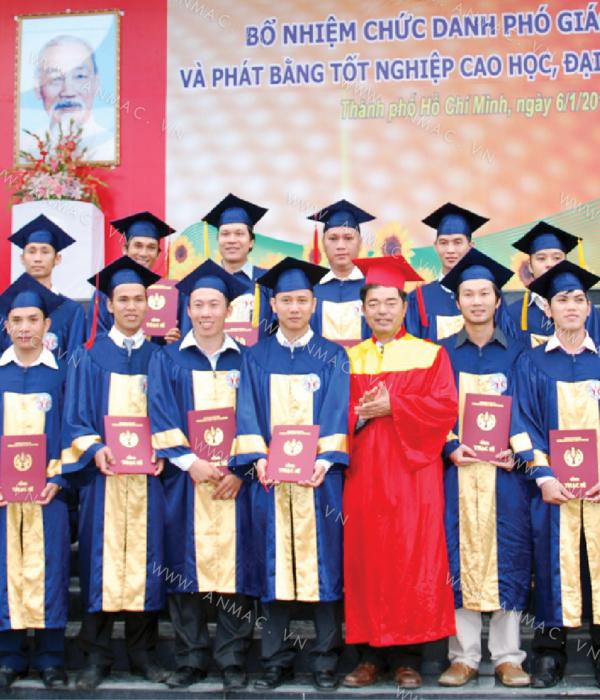 Đồng phục áo tốt nghiệp học sinh sinh viên 1ATN03