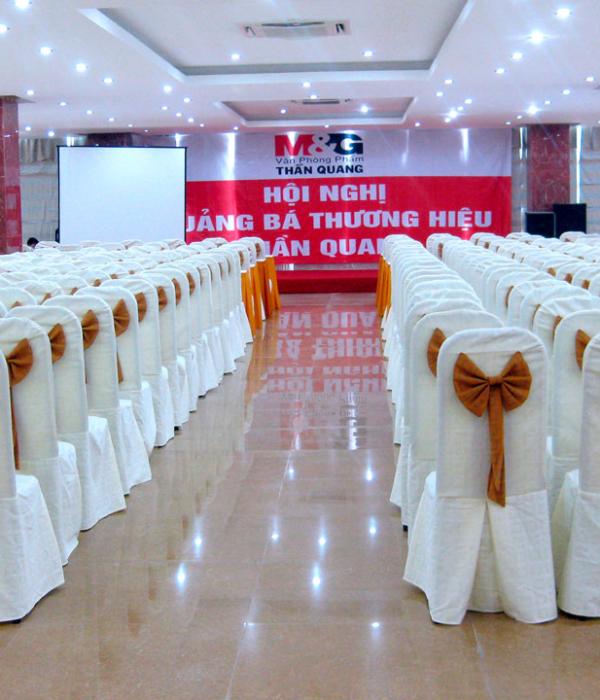 Khăn trải bàn – áo bàn – áo ghế 1KB06