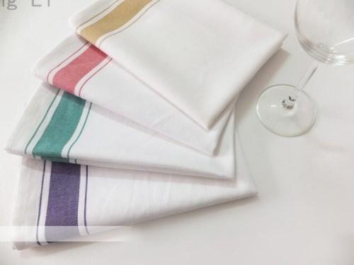 Khăn trải bàn – áo bàn – áo ghế 1KB18