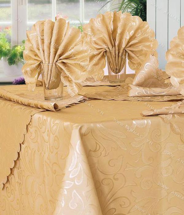 Khăn trải bàn – áo bàn – áo ghế 1KB02