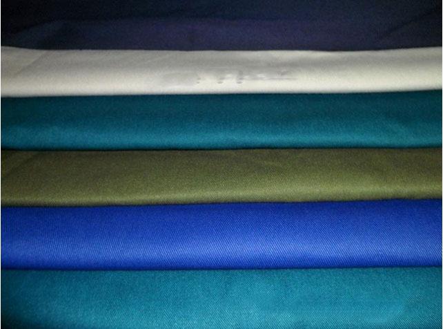 Hướng dẫn chọn chất liệu vải may đồng phục bếp