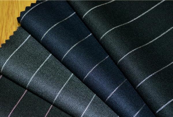 Hướng dẫn chọn vải may áo vest đồng phục công sở