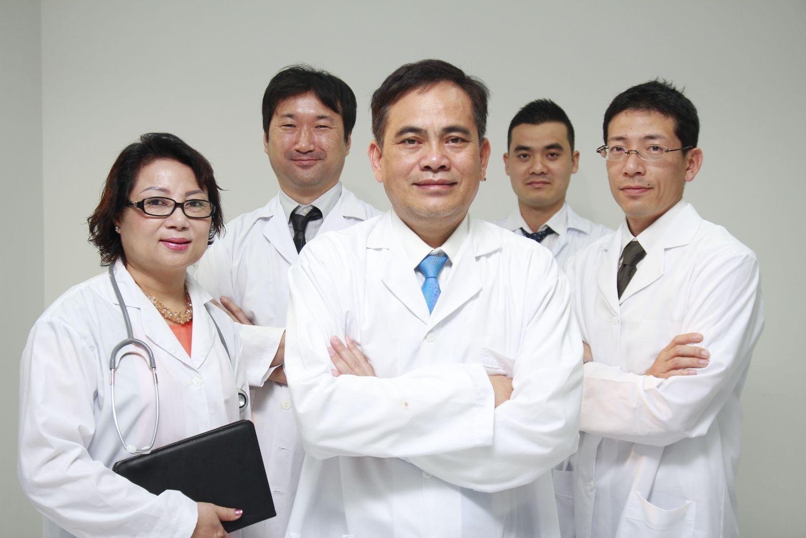Đồng phục bệnh viện y tế chất lượng, bền màu