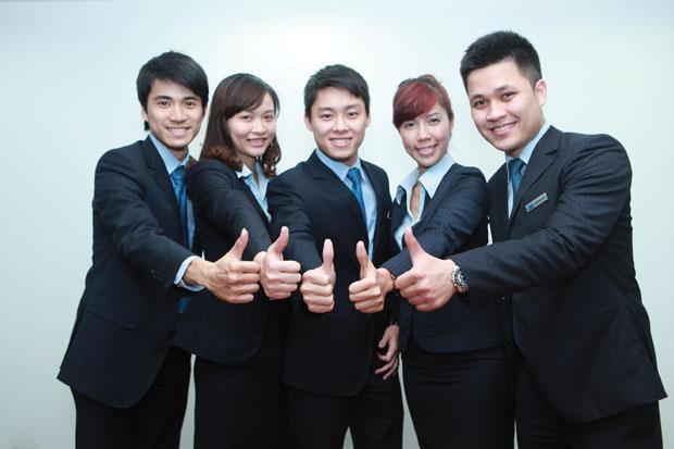 May đồng phục công sở giá rẻ tại Hà Nội